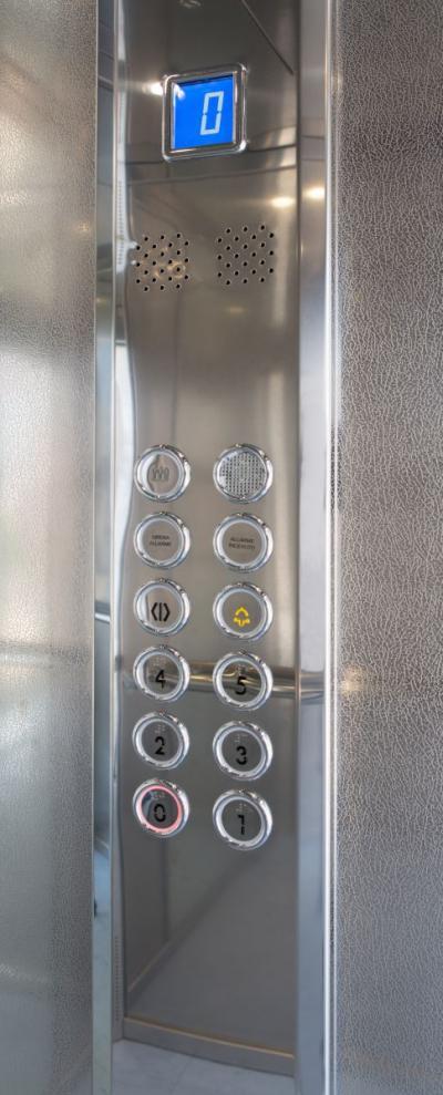 Pulsantiere per ascensori e montacarichi