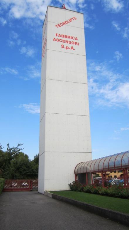 Schema Elettrico Per Montacarichi : Ascensori elevatori e montacarichi a brescia milano monza verona